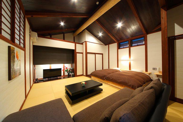 【智】2階リビング・ベッド